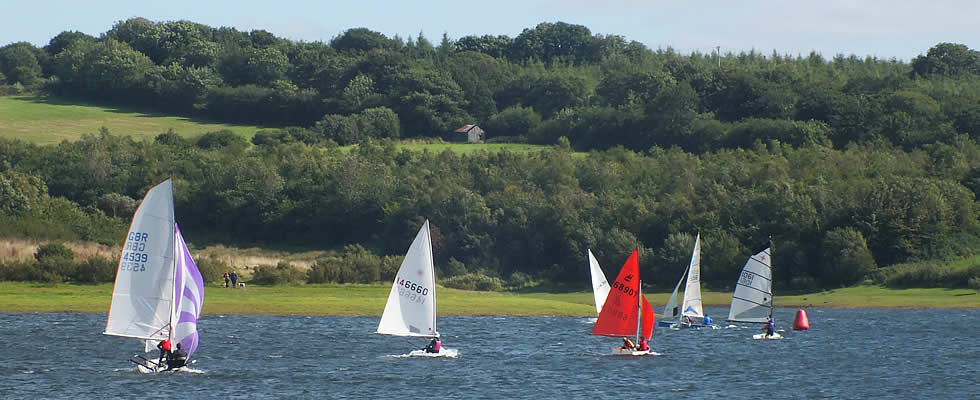 Leisure activities in the local area include watersports at Roadford Reservoir