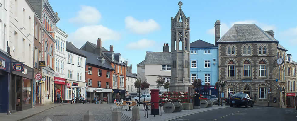Launceston has a thriving shopping centre as well as local garden centre and farm shop